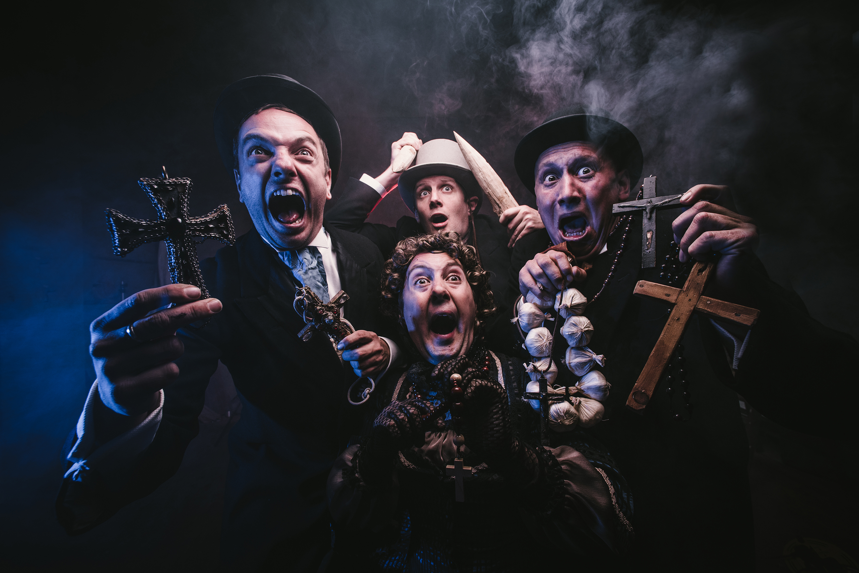 BWW Review: DRACULA: THE BLOODY TRUTH , Exeter Northcott Theatre