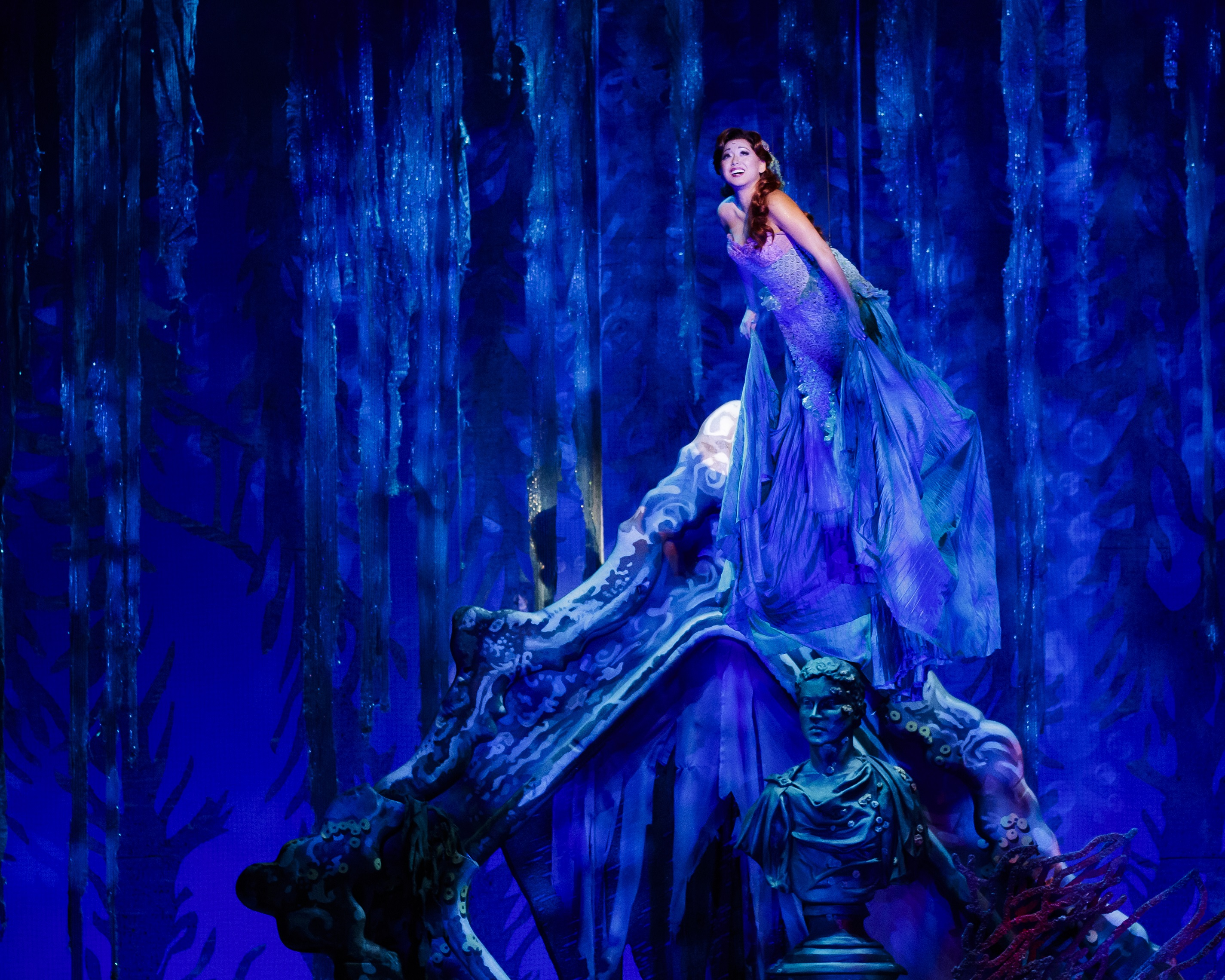 BWW Review: Spectacular Sets and Special Effects Make THE LITTLE MERMAID Shine