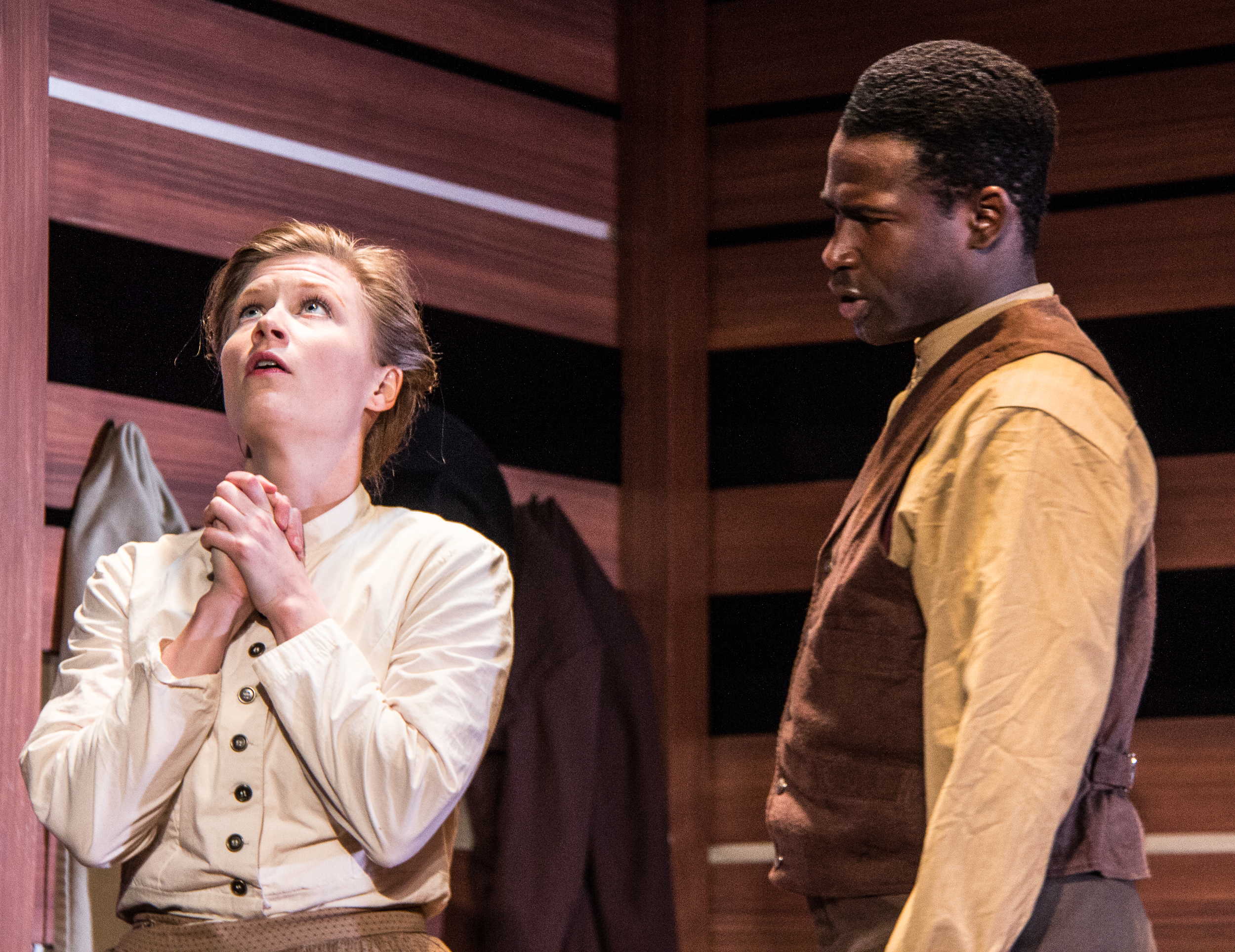 BWW Review: World Premiere of Kara Lee Corthron's LISTEN FOR THE LIGHT at Know Theatre Of Cincinnati