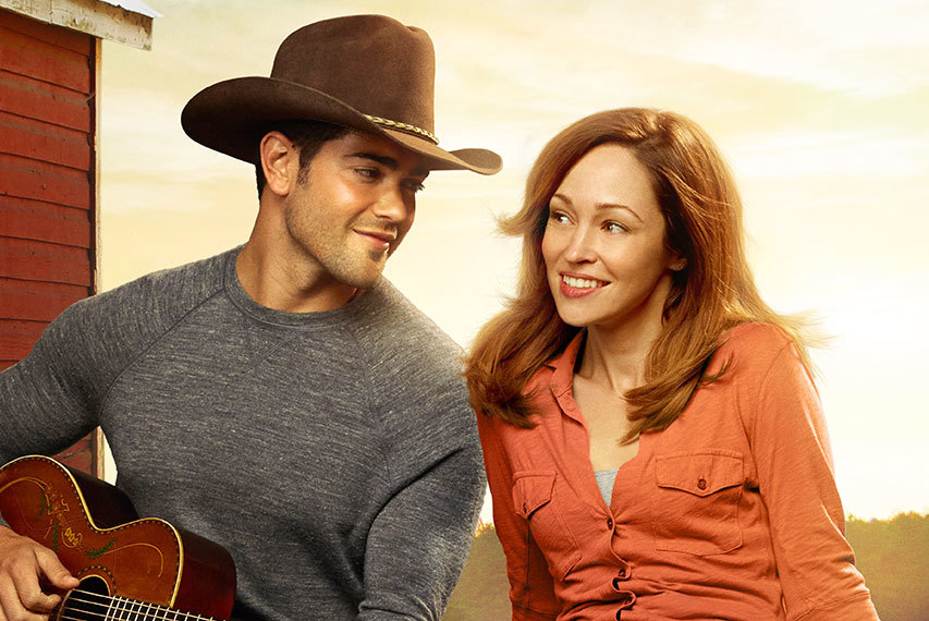 Hallmark Channel 39 S A COUNTRY WEDDING Delivers Over 2M Total Viewers