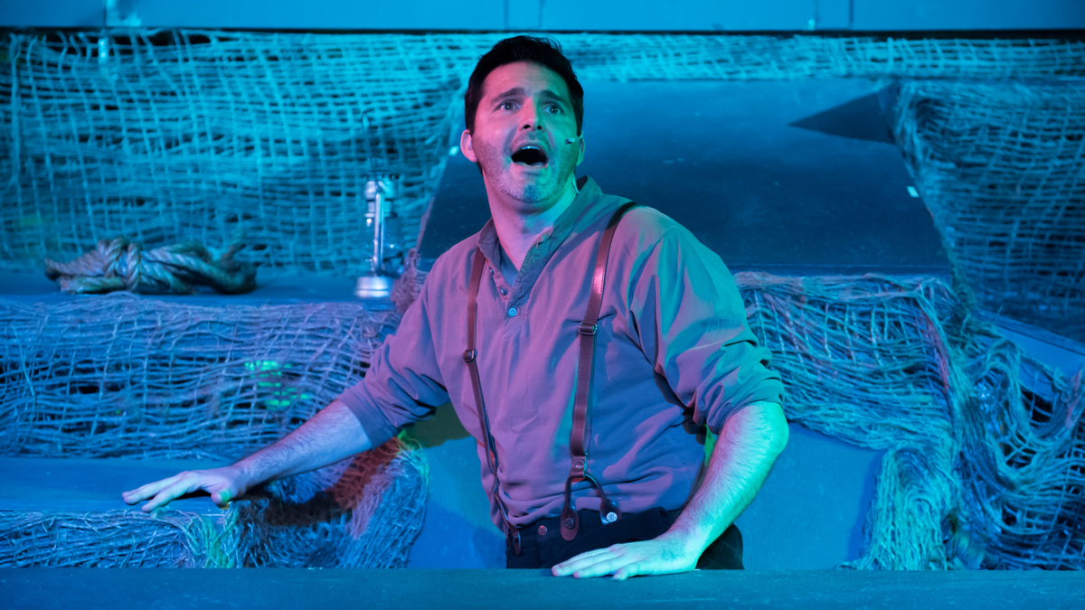 BWW Review: FLOYD COLLINS Melodramatically Spelunkers Into Eternal Fame at Blank Canvas