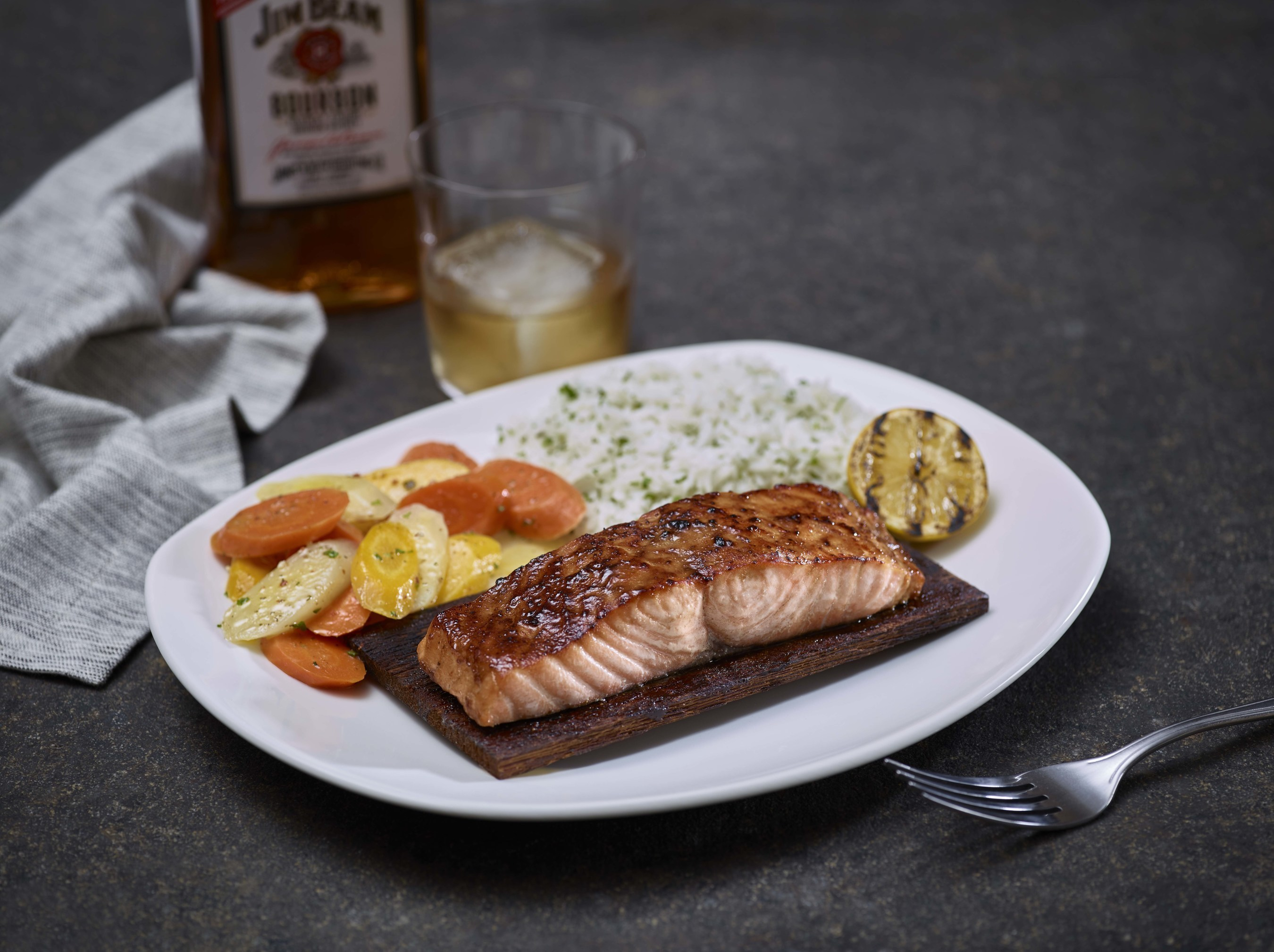 Bonefish grill celebrates national seafood month with for Fish bone grill menu