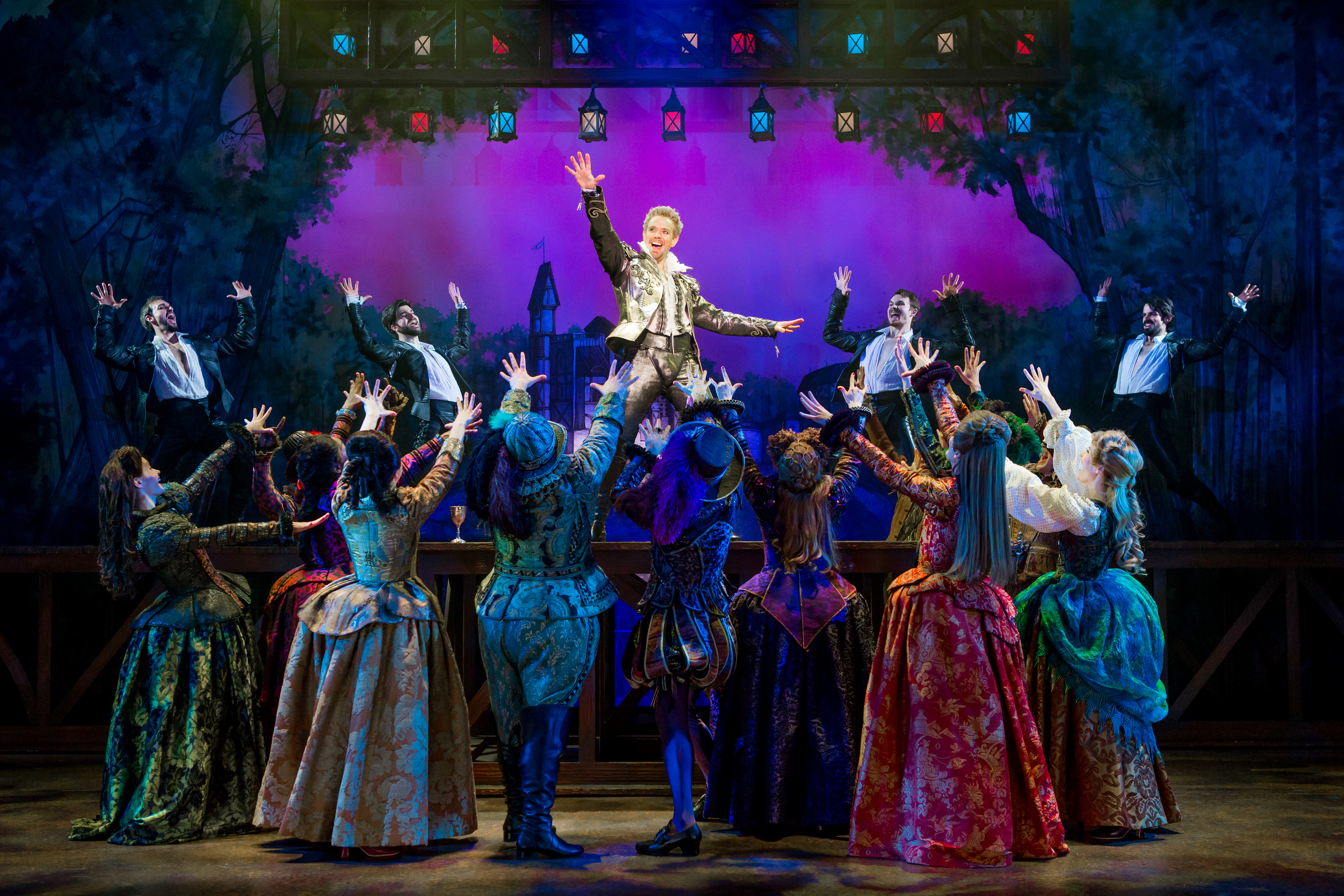 BWW Review: SOMETHING ROTTEN Brings Hilarity and Music to the Peace Center