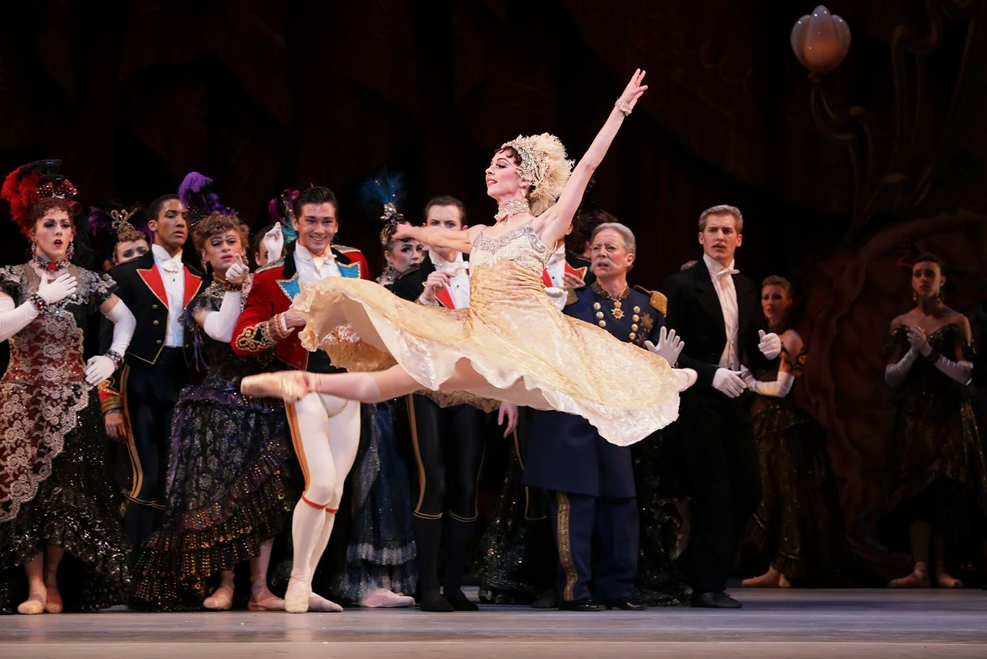 BWW Review: HOUSTON BALLET Resets CINDERELLA at Wortham Theater Center