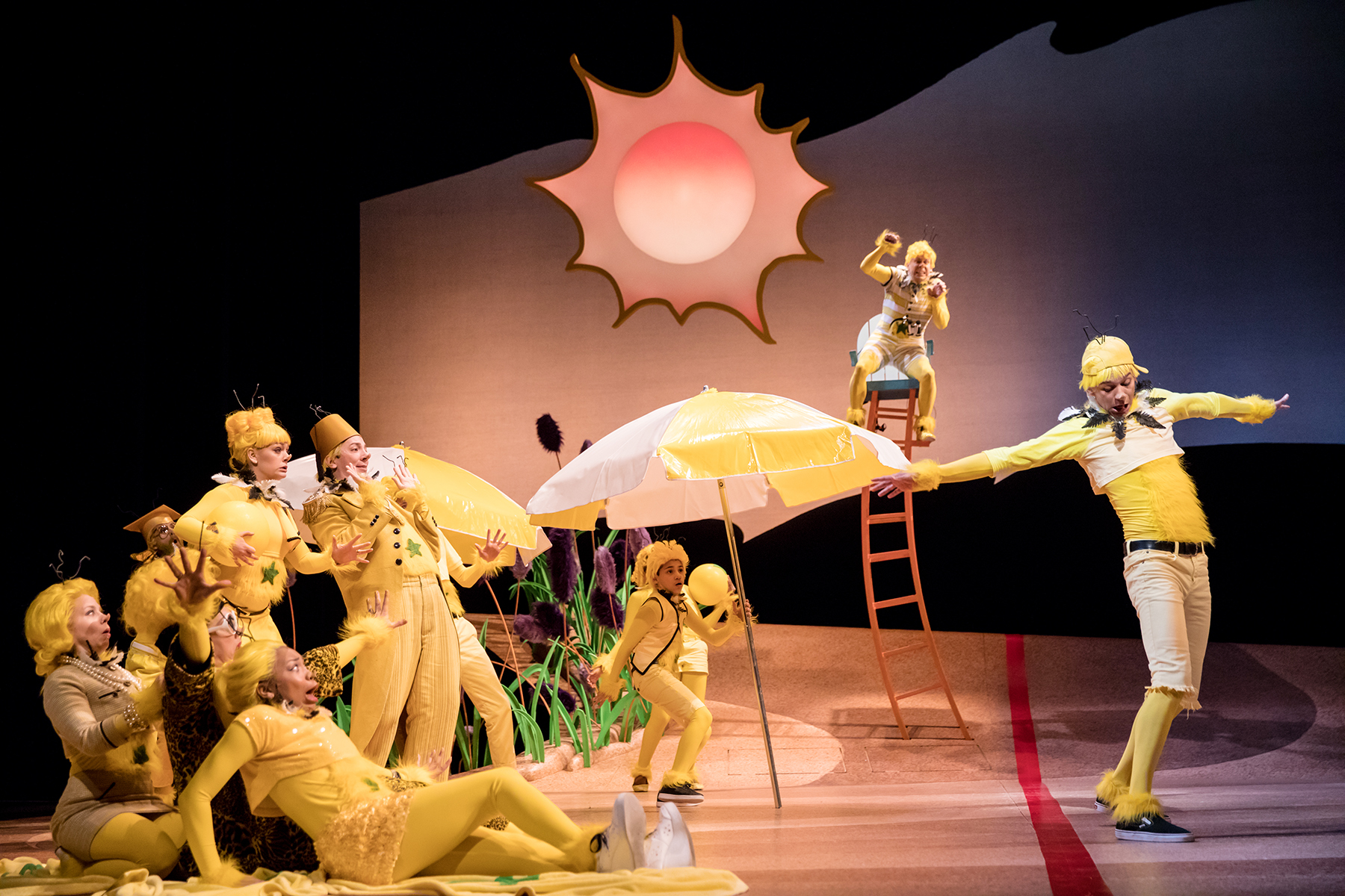 BWW Review: THE SNEETCHES: THE MUSICAL at Children's Theatre Company