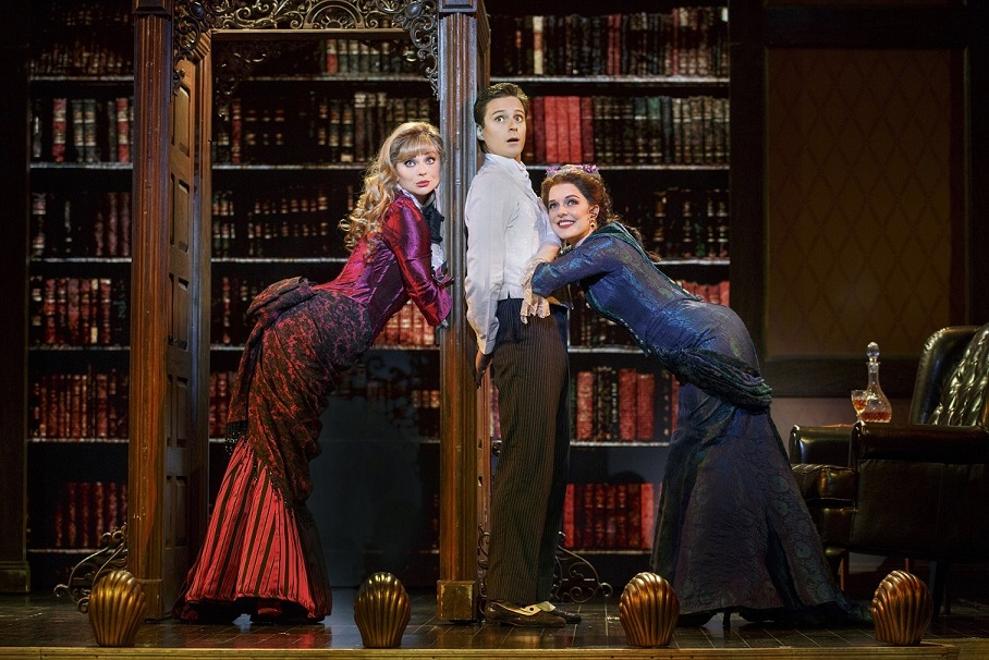 BWW Review: A GENTLEMAN'S GUIDE TO LOVE & MURDER at SHEA'S BUFFALO Theatre