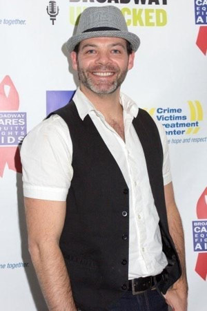 Bobby Cronin Holds Aspiring Broadway Performer Competition