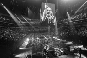 Eric Church to Bring 2017 HOLDIN' MY OWN Tour to Greenville