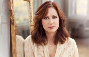 Broadway Star Linda Eder to Headline White Plains Performing Arts Center Benefit This Weekend