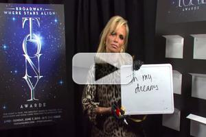 STAGE TUBE: Nominees Weigh In - How Tall is Tonys Host Kristin Chenoweth?