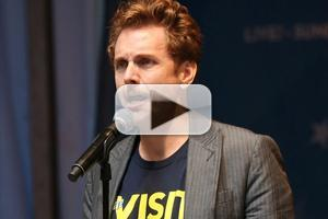 BWW TV: Jason Danieley Sings from THE VISIT at Stars in the Alley!