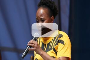 BWW TV: Gugwana Dlamini Sings from THE LION KING in Shubert Alley!