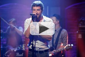 VIDEO: Brett Eldredge Performs New Single 'Lose My Mind' on LATE NIGHT