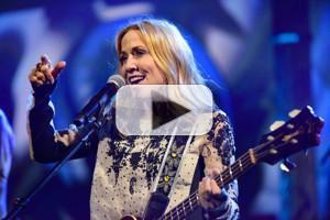 VIDEO: Sheryl Crow Performs 'Halfway There' on LATE SHOW