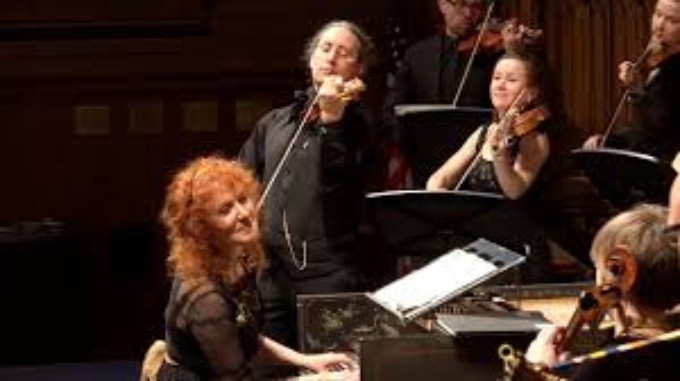 "BWW Preview:  Apollo's Fire, Cleveland's award winning Baroque orchestra, opens new season with ""Israel in Egypt"""