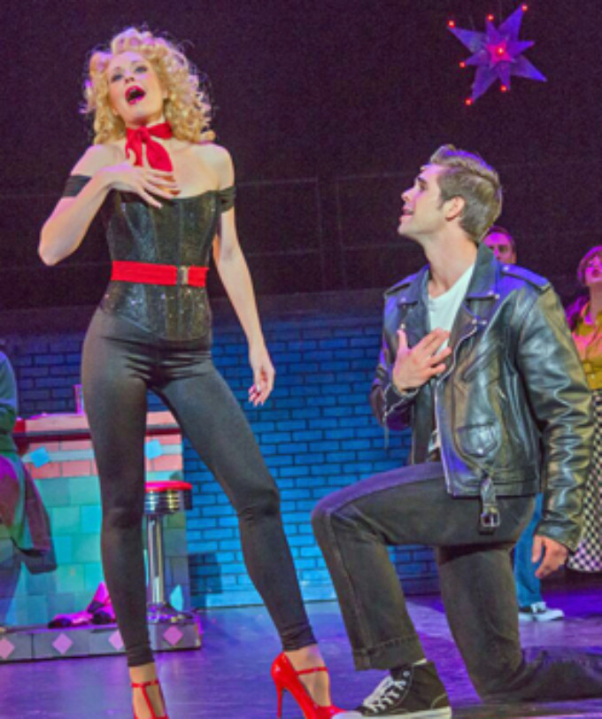 BWW Review: GREASE at Starlight Theatre