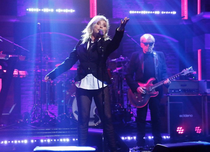 VIDEO: Music Icon Blondie Performs 'Long Time' on LATE NIGHT