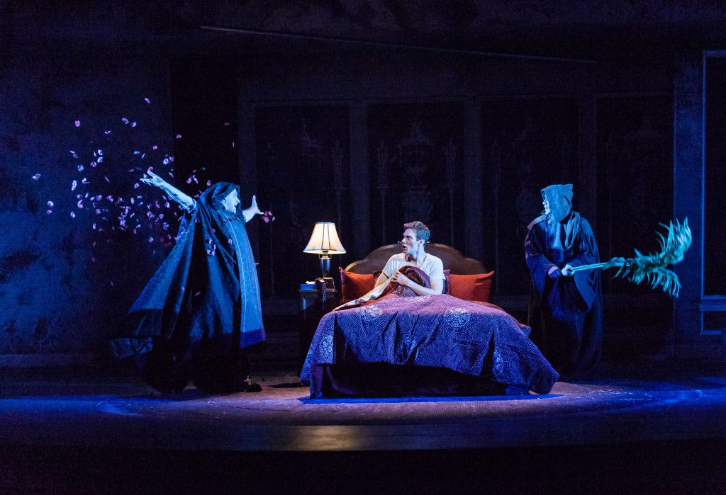 BWW Review: ANGELS IN AMERICA PART ONE: MILLENIUM APPROACHES at Actors Theatre Of Louisville