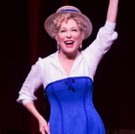 It Takes A Woman: Bette Midler Finishes Performance Like A Boss Following a Fall in H Photo