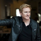 BWW Review: Broadway's Bart Shatto Belts Out One Showstopper After Another at The Rrazz Room