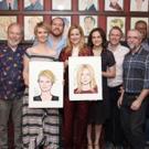 Photo Coverage: Laura Linney and Cynthia Nixon Celebrate Their New Portraits at Sardi's!