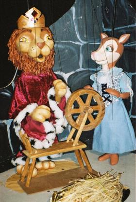 Rumpelstiltskin Comes to Great AZ Puppet Theater