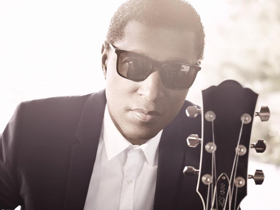 Kenneth 'Babyface' Edmonds and Alice Cooper Coming to bergenPAC in 2018; Tickets on Sale Today!