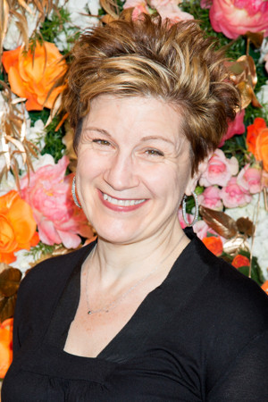 Lisa Kron Responds to FUN HOME Costume Controversy with Open Letter