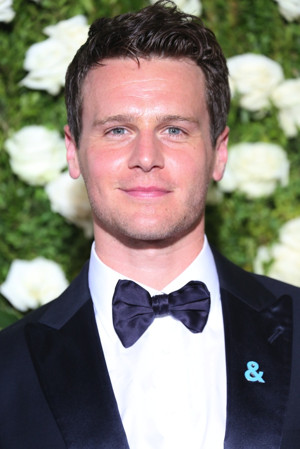 Jonathan Groff Signs on for SONDHEIM ON SONDHEIM at The Hollywood Bowl; Cast Complete!