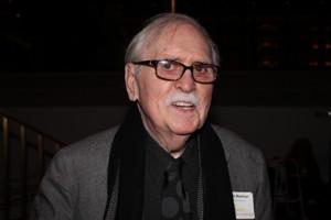 Broadway To Dim Its Lights  In Memory Of Award Winning Writer Thomas Meehan