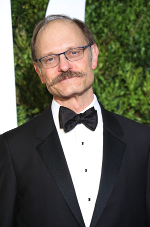 Broadway's David Hyde Pierce to Take a Stroll at CaringKind's Alzheimer's Walk