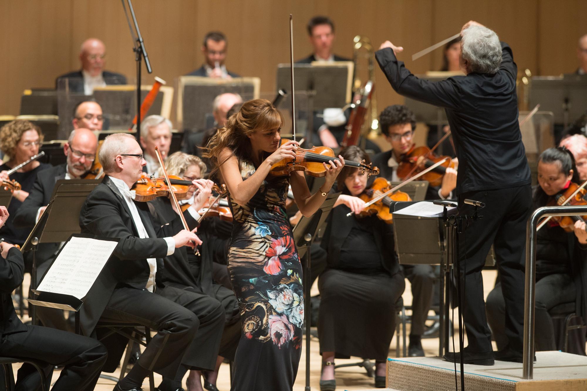 BWW Review: A Sensational Night of Music at the Toronto Symphony Orchestra's CARMINA BURANA