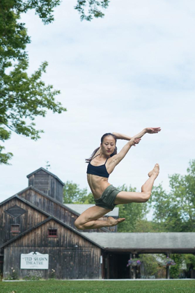 YY Dance Company Premieres VANISHING POINT