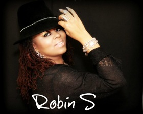 BWW Interview: Robin S Opens Up About Her Music Career And Her Headlining Engagement At Halloween Palm Springs