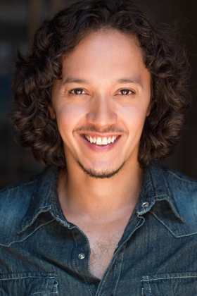 BWW Interview: 6 Questions & a Plug with IN THE HEIGHTS' Justin Gregory Lopez