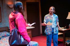 BWW Review: Minka Wiltz Sizzles in the World Premiere of Natalie Symons' NAMING TRUE at Urbanite Theatre