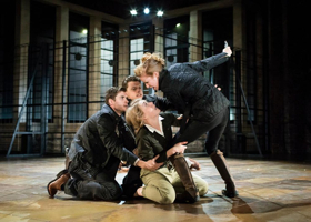 Shocking Shakespeare? RSC Research Project Will Monitor Heart Rates at TITUS ANDRONICUS
