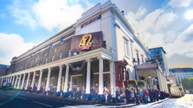 Thousands Queue for Open Auditions for 42ND STREET at Theatre Royal