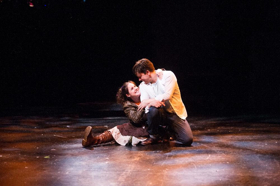 BWW Review:  Rorschach Theatre's Revival of NEVERWHERE A Triumph of Fantasy Onstage