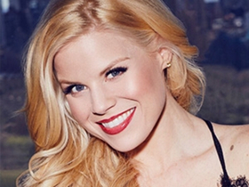 Get Tickets to Megan Hilty's Holiday Run with The New York Pops