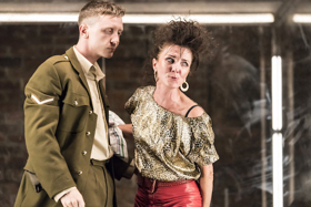 BWW Review: ROAD, Royal Court