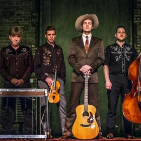 BWW Interview: Weaving Many Musical Threads into a Theatrical Life: A Conversation with Peter Oyloe