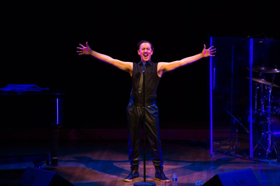 BWW Review: Celebrity Series of Boston Presents ALAN CUMMING SINGS SAPPY SONGS