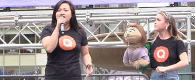 BWW TV: The Puppets (and People) of AVENUE Q Feel the Ruv at Bryant Park!