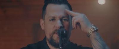 VIDEO: Good Charlotte Shares Emotional Video for 'War'