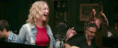 VIDEO:  Jennifer Nettles Puts Country Spin on 'No Good Deed' in WICKED's #OutOfOz Series!