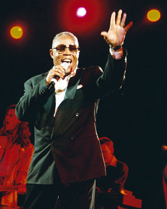 Cantareti englezi celebrity lista firme