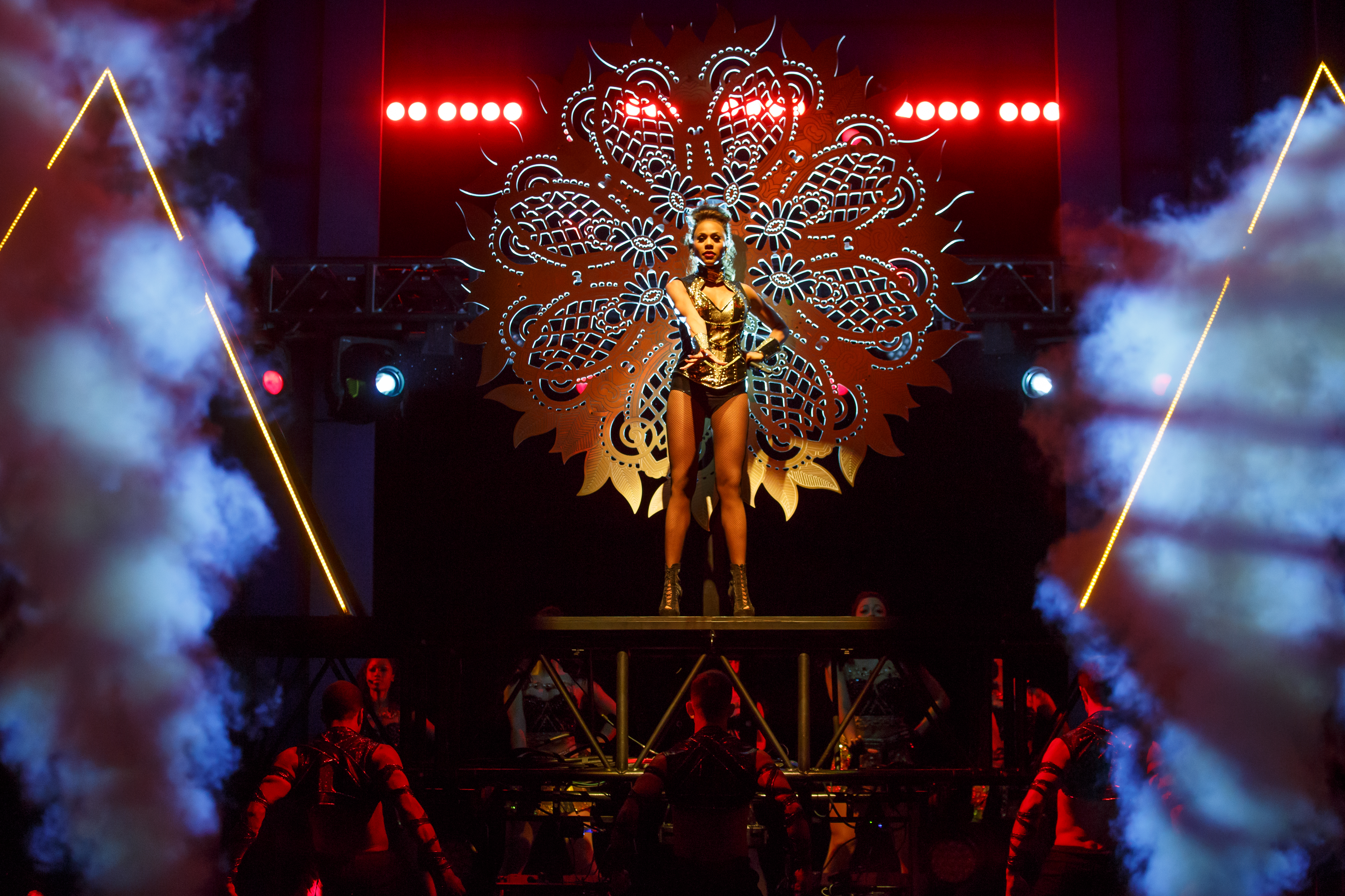 BWW Review: THE BODYGUARD THE MUSICAL Will Always Love Whitney at Broadway At The Hobby Center
