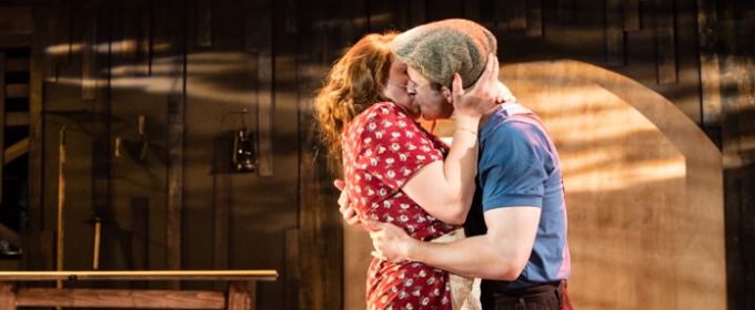 BWW Review: Monumental Theatre Company Takes on Admirable Risk with BONNIE AND CLYDE