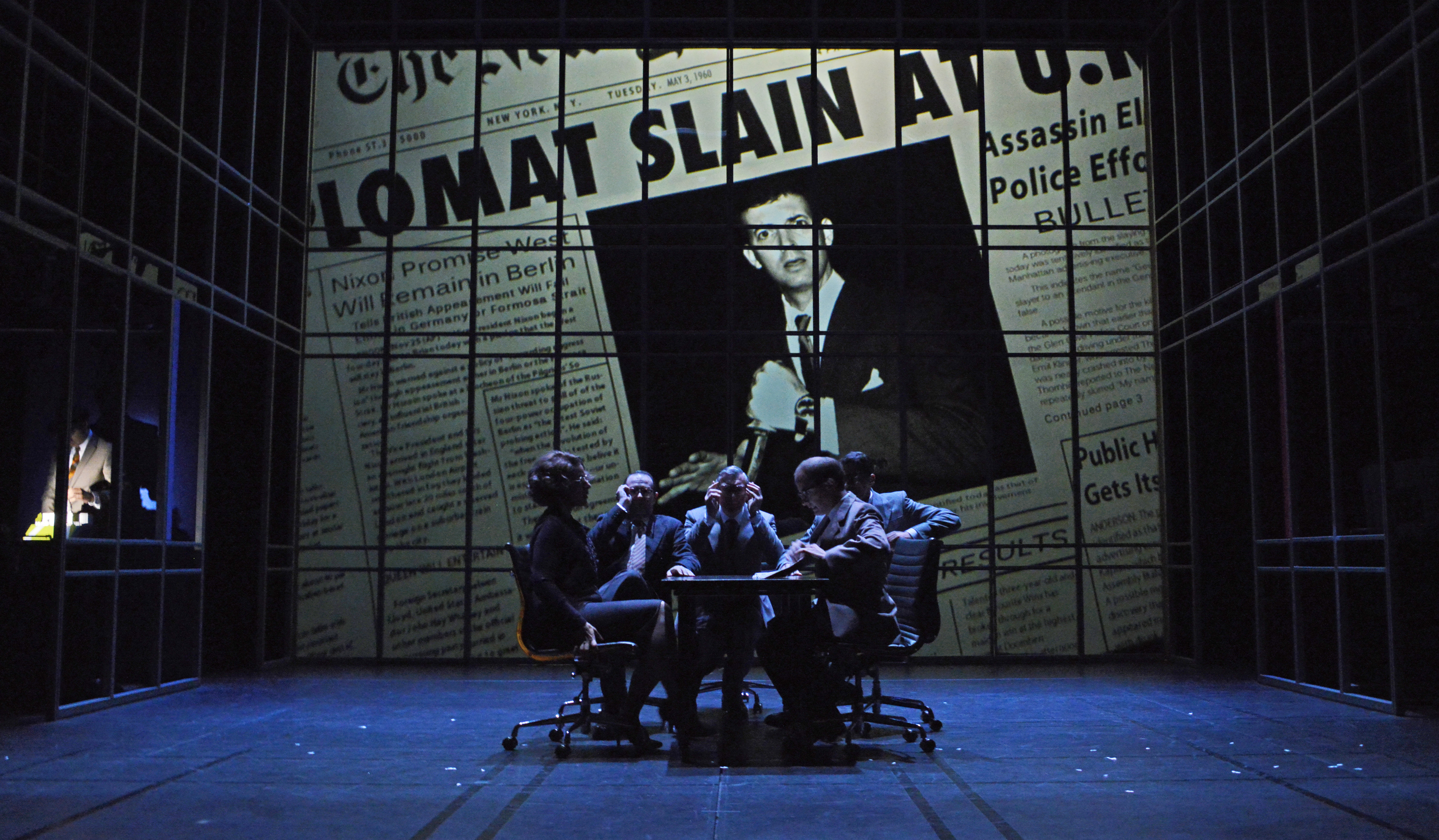 BWW Review: Technical Wizardry Astounds in Mirvish's NORTH BY NORTHWEST